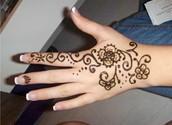 Henna en el Mano