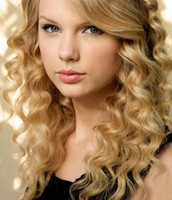 Taylor Swift as Lillian