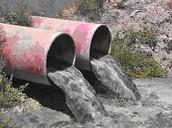 Agua contaminada.