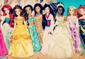 Me gustaba jugar con muñecas porque eran bonita.