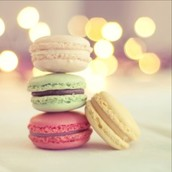 French Macroons 💛