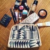 Beauty Bag - $18