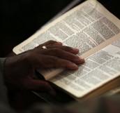 """Le Thème: Pour la fin des jours, nous disons """"OUI"""" à une expérience spirituelle pour une vie de témoignage qu'à travers :  La prière, Le Service (L'amour, l'hospitalité) et la gloire de Dieu: Nous comptons renforcer le thème de notre église pour cette année de 2016 qui se trouve dans 1 Pierre 4 v 7 à 11."""