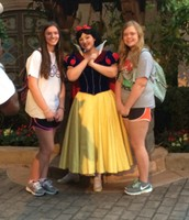 Blurry...but hey, it's SNOW WHITE :)