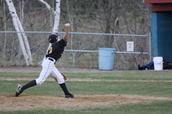 Me gusta jugar al béisbol.