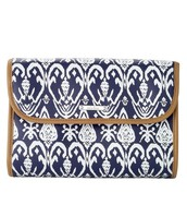 Hang On Travel Case-Navy Ikat