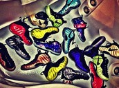 WE ARE SNEAKERHEADS!