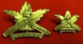 Ww1 Canadian machine gun crops cap and collar badge