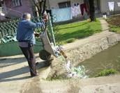 Sve što ljudi rade kako bi zagadili vodu.