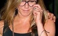 Jennifer Aniston: Tribute Bracelet