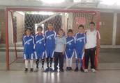 jugando fútbol con el club que siempre e estado