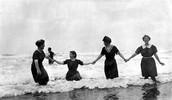 1916 bathing costumes
