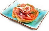Bread and ham with tomato