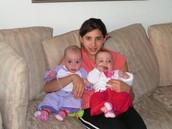 עם בת דודתי שני