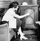A 1920s Radio