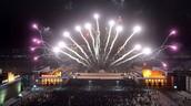 חגיגות ראוותניות בצפון קוריאה הענייה בליל השנה החדשה