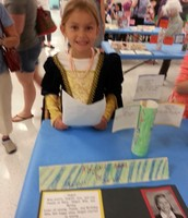 Kaitlyn as Abigail Adams- Check out that amazing dress!