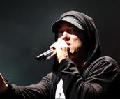 Eminem singing at kansas city