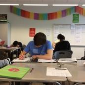 Deben estudiar
