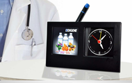 Digene-table-clock-with-pen-stand