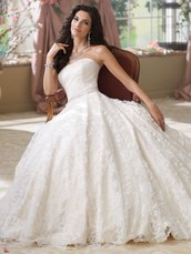 Are shop sell the best wedding dresses in town