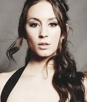 Pretty Little Liars' Troian Bellisario as Lena Halloway!