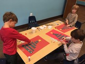 Sequencing and ordering by size Christmas Trees