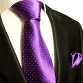 Une Cravate Violette