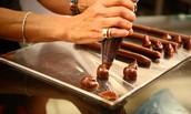 תהליך הכנת השוקולד