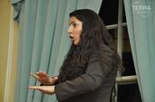Deaf Business Woman Presenter - DeafParenting UK