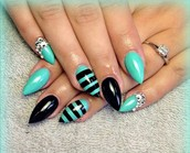 Come to the best Nail shop in business!