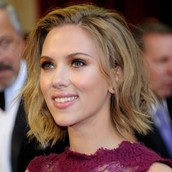 Scarlett  Jonansson