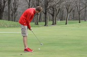 Tanner Smith aims for a putt @Hidden Valley GC recently