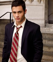Penn Badgley: Nick Carraway