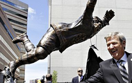 His statue