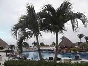 4 Beautiful resorts in 1