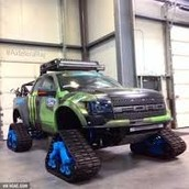 Custom ford raptor.