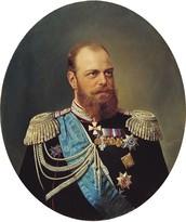 Если вы хотите больше узнать об эпохе Александра III, то вы можете сделать это здесь.