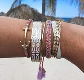 Who doesn't love an arm party?!