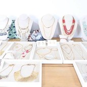 IF YOU HAVE NEVER BEEN TO A STELLA & DOT TRUNK SHOW BEFORE...