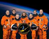 Renseignements techniques ( date nom, autres astronautes) sur sa (ses) mission(s) spatiale(s)