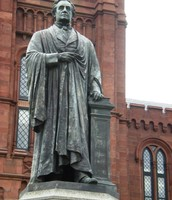 A statue of Joseph Henry