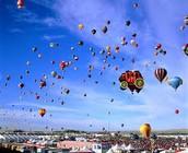 Le tours de montgolfiéres