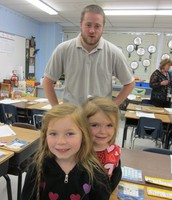Isabella, Julia, and dad in Mrs. Jones' class