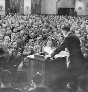 היטלר נשא נאום