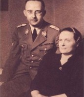 heinrich himmler and his mom