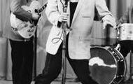 Elvis Presley preforming.