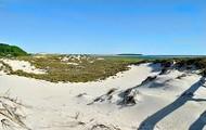 White sand dune by Crane beach