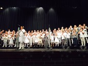 Awesome 3rd grade snowflake and snirt concert!