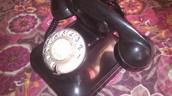 PARTE LATERAL DEL TELÉFONO DE DISCO